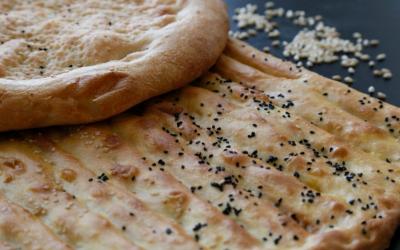 Easy Cheese Garlic Naan Recipe